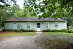 185 GRANTS CREEK RD in Camp Lejeune, North Carolina