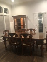 Formal Dining Table w/6 chairs and Glass China Cabinet/Hutch in Kingwood, Texas