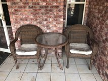 Outdoor wicker chairs and table in Alamogordo, New Mexico