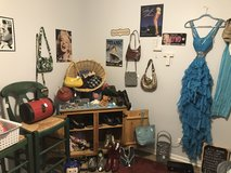 Moving sale in Naperville, Illinois