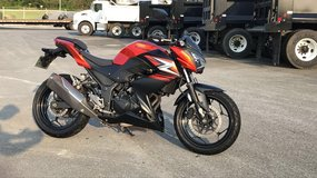 2014 Kawasaki Z250 -low miles- great mpg in Okinawa, Japan