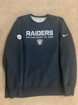 MENS RAIDERS BLACK SWEATER XL in Travis AFB, California