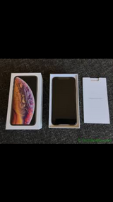 Brand New Apple iPhone XS 64/256/512 GB In Box in Fort Drum, New York