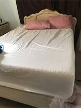 "Queen bed  14"" gel memory foam bed in San Diego, California"