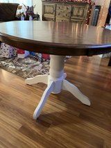 """42"""" diameter table in Cleveland, Texas"""