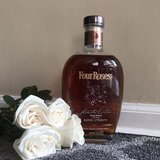 Four roses in bookoo, US