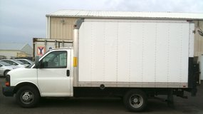 12' box truck with liftgate 2011 Express 3500 4.8L V8 in Tacoma, Washington