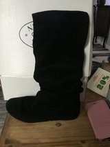 Steve Madden boots 7 slouchy Tianna in Travis AFB, California