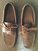 TOMMY HILFIGER MENS TAN LEATHER DECK SHOES SIZE 10M in Alamogordo, New Mexico