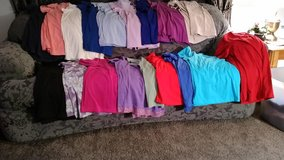 WOMENS PLUS SIZE 3X SHORT SLEEVE SHIRTS/TOPS in San Antonio, Texas