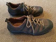 JOSEF SEIBEL MEN'S TAN AND BROWN LEATHER ATHLETIC SHOES SIZE 12 in Alamogordo, New Mexico