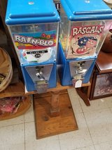 Double Candy Machine with key in Fort Leonard Wood, Missouri