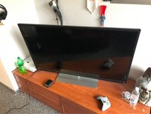 Toshiba TV 55inch in Ramstein, Germany
