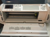 Cricut Expression Machine with 2 cutting pads in Glendale Heights, Illinois