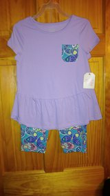 NWT 2pc Outfit - Size 8 in Beaufort, South Carolina