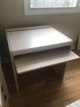 Desk For Sale in Orland Park, Illinois