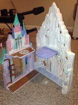 Frozen Playset in Plainfield, Illinois