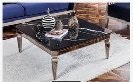 United Furniture - Class Coffee Table - including delivery in Baumholder, GE