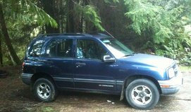 Tracker 2000 4x4 4dr 4cyl, AT, AC, 152k miles, runs & drives awesome in Tacoma, Washington