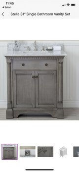 "31"" Antique grey vanity in Travis AFB, California"