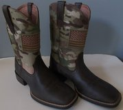 NEW Men's Western Boots size 9.5 EE in Fort Campbell, Kentucky