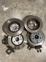Front and Rear Brake pads and Rotors in Fort Leonard Wood, Missouri