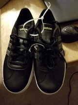 Adidas Size 6 Boys in Fort Campbell, Kentucky
