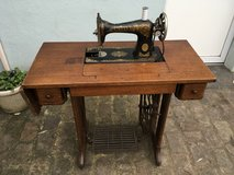 antique French sewing machine table decoration in Ramstein, Germany