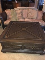 Extra large Coffee and end table Set in Chicago, Illinois