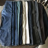 12 pairs of Gap women's size 4 pants & jeans in Byron, Georgia