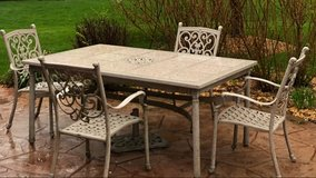 complete patio furniture set in Joliet, Illinois