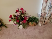 20+ Artificial flower arrangements in various containers in Pasadena, Texas