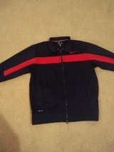 Nike Run Jacket Large in Oswego, Illinois