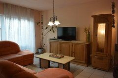 4BR 2.5BA TLA house with AC & car, 15min from RAB, pet friendly, fenced yard in Ramstein, Germany