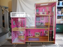 "KidKraft ""Mansion"" LARGE Doll House w/Furniture - Very Good Condition in St. Charles, Illinois"