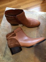 WOMAN'S NEW RALPH LAUREN LEATHER/SUEDE ANKLE BOOTS WITH BOX - SIZE 10B in Sandwich, Illinois
