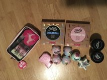 Pink bath bomb, lotion, wash & more in Bolingbrook, Illinois