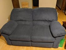 couch and love seat recliners in Bolingbrook, Illinois