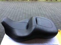 HARLEY TOURING two up SEAT 08-20 in Wiesbaden, GE
