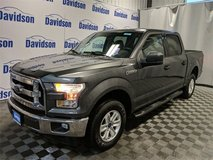 2017 Ford F-150 4X4 / I specialize in helping people with credit issues in Fort Drum, New York