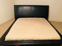 Black Leather King Bed in Bolling AFB, DC