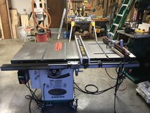 Grizzly table saw with Router extension in Fort Riley, Kansas