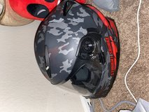 Helmet size M in Camp Pendleton, California