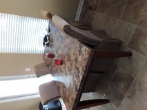 Granite table and 4 chairs in Hinesville, Georgia