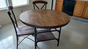 Dining table with 2 chairs in Byron, Georgia