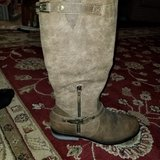 REDUCED!!   BRAND NEW!! LADIES WIDE CALF BROWN BOOTS in Fort Knox, Kentucky