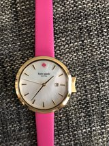 Kate Spade watch in hot pink in Grafenwoehr, GE