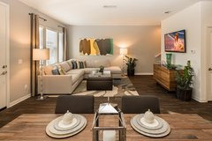 Gorgeous & Spacious 2x2.5 Townhome w/ Attached Garage + Amenities in San Diego, California