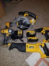 Dewalt 20volt 5pc.combo in Pearland, Texas