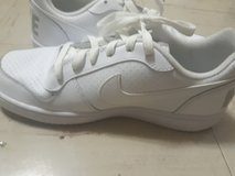 Womens Nike in Fort Campbell, Kentucky